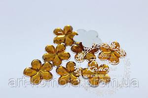 Цветок для декора желтый большой, 16 мм, 10 шт. в наборе