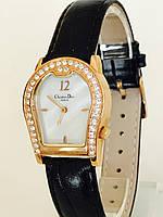 Женские часы Christian Dior
