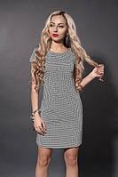 Качественное платье-трапеция с коротким рукавом от производителя
