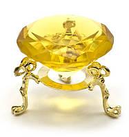 Кристалл хрустальный на подставке желтый (5 см)