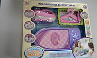 Іграшковий набір праска, прасувальна дошка та вішалки арт.6959А батар., світло, звук, укор.