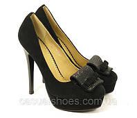 Женские туфли замшевые на шпильке