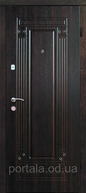 """Входная дверь для квартиры """"Портала"""" (серия Комфорт) ― модель Гарант"""