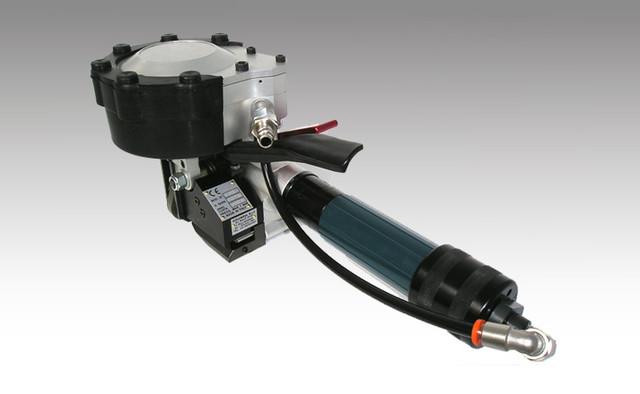 Пневматический инструмент для стальных лент