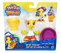 Набор для творчества и пластилин Play-Doh Город: девушка мороженщица B5978