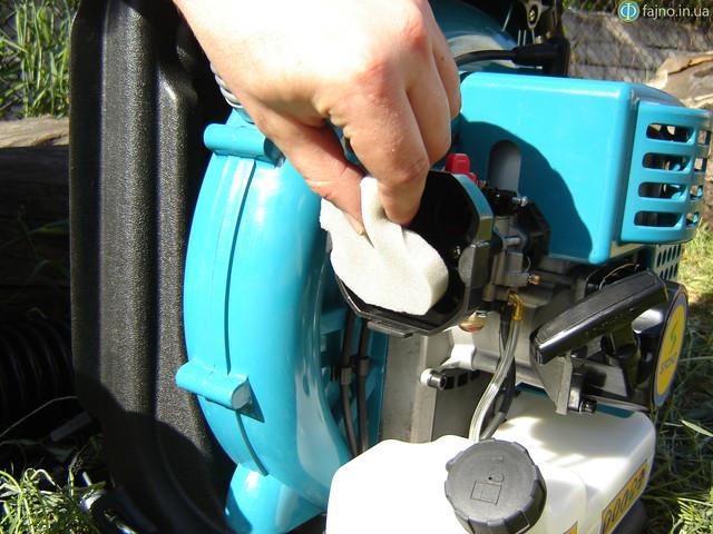воздушный фильтр на бензоопрыскивателе