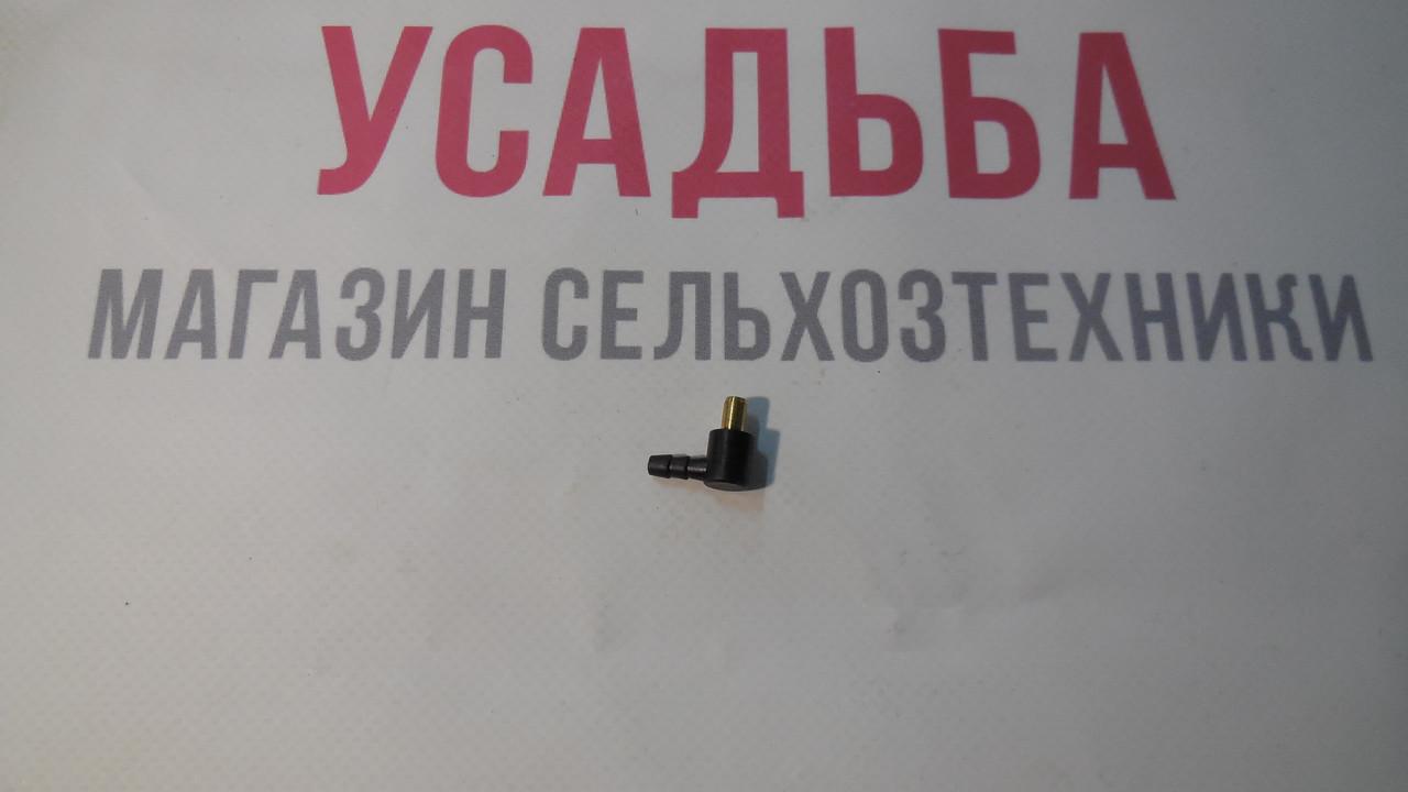 Патрубок для карбюратора бензопилы