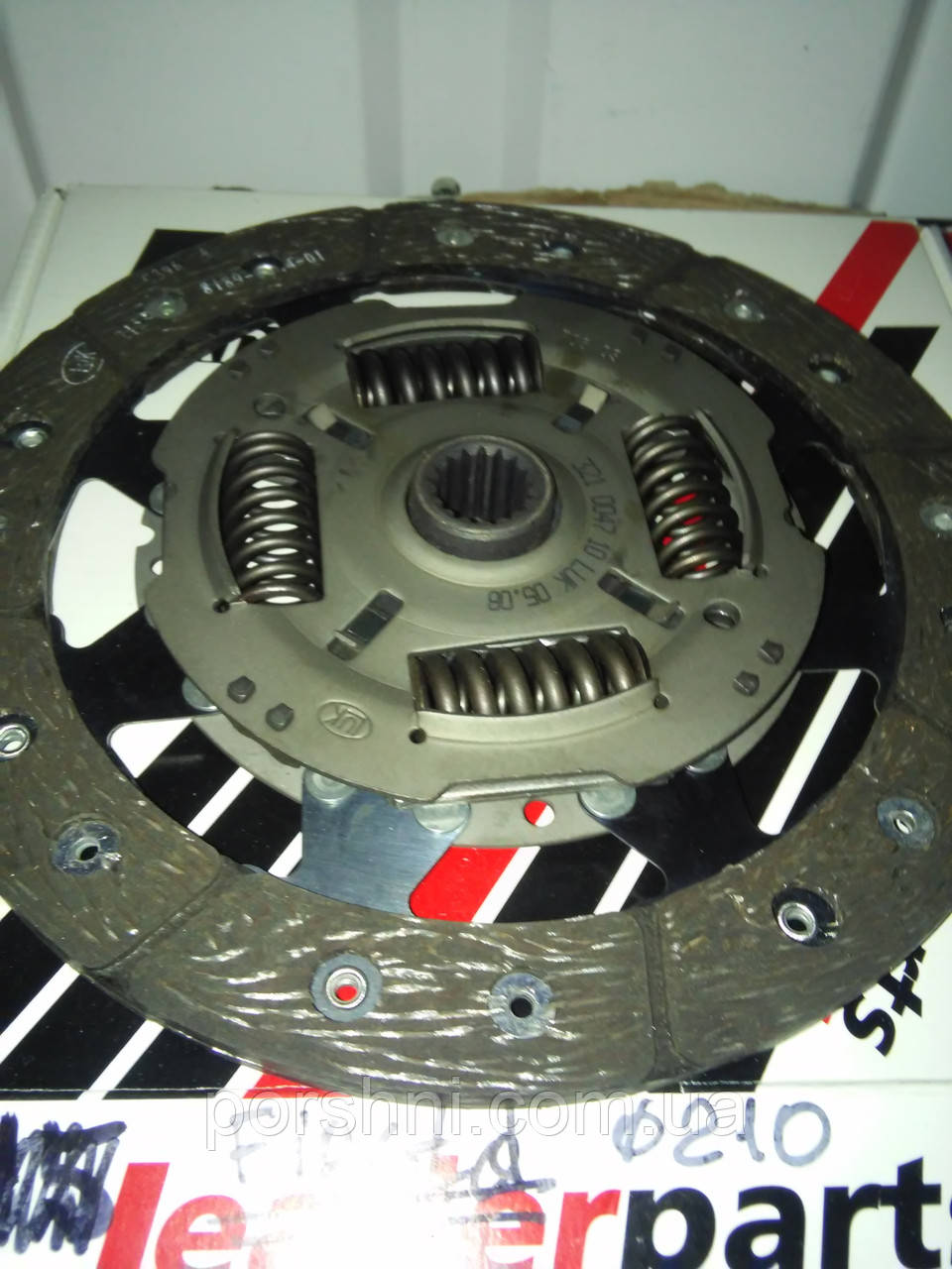 Диски  сцепления Ford  Fiesta 1.8 D 97 -  FIESTA 1.6 - 1.6 DI .робот  D 210.LEADE 321004710