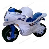Велобег мотоцикл  белый с каской