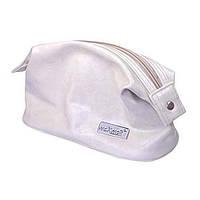 Вместительная сумочка-косметичка белого цвета