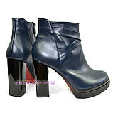 Демисезонные кожаные женские классические ботинки на высоком каблуке, из натуральной синей кожи, фото 3