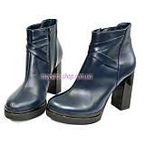 Демисезонные кожаные женские классические ботинки на высоком каблуке, из натуральной синей кожи, фото 4