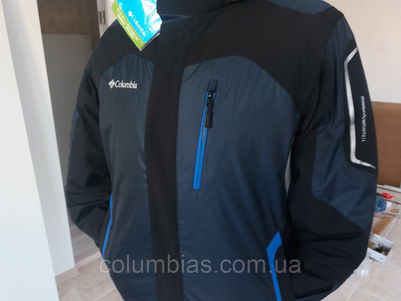 Куртки Каламбия