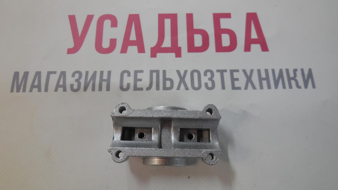Затискач ZM415 правої і лівої ручки верхній