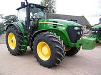 Аренда трактора John Deere 7930.