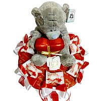 Букет из мягких игрушек Мишка с конфетами Raffaello
