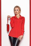 Яркая красная блуза, рукава на манжетах