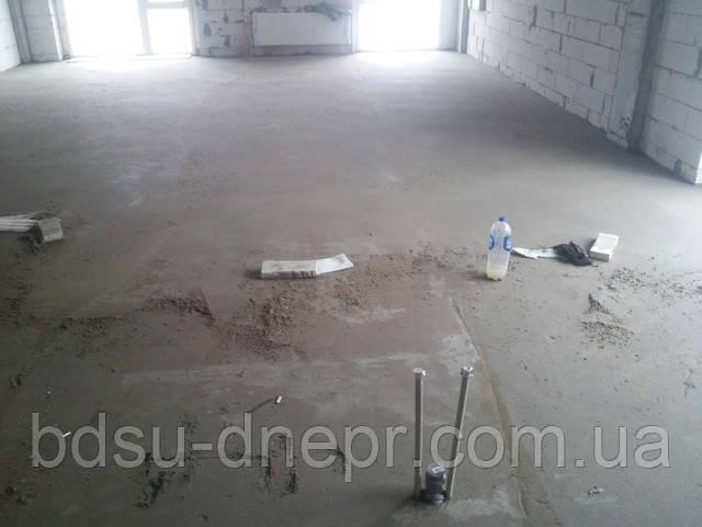 Цементная стяжка пола по хорошей цене в Днепропетровске