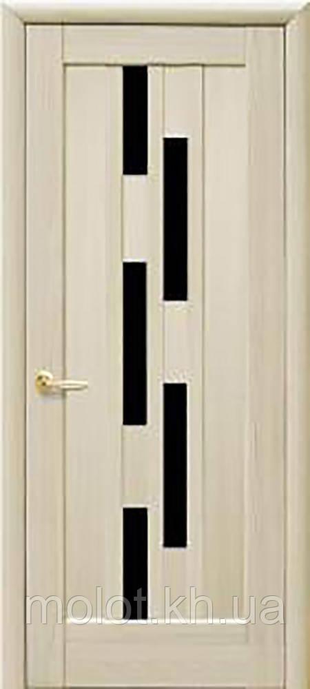 """Межкомнатные двери """"Лаура с чёрным стеклом """""""