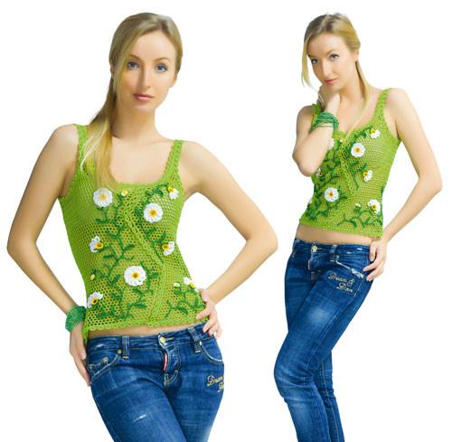 Топ зеленый с ромашками и мережкой