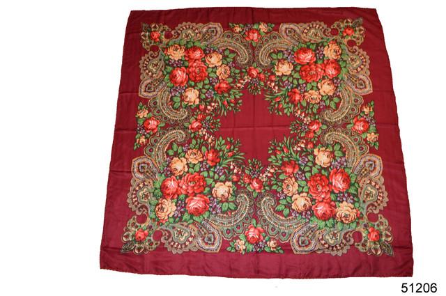 Платок с народным орнаментом бордовый 140*140 2