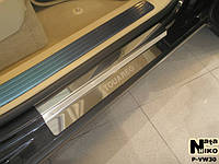 Volkswagen Touareg 2002-2010 гг. Накладки на пороги Натанико (4 шт, нерж) Стандарт - лента Lohmann, 0.5мм