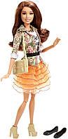 Barbie Стиль Терезы цветочный жакет и оранжевая юбка Style Teresa Doll, Floral Jacket & Orange Ruffle Skirt