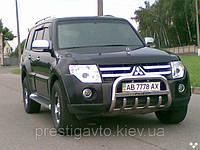 """Защита передняя """"кенгурятник"""" с грилем и с надписью на Mitsubishi Pajero Wagon IV"""