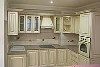 Кухня крем с золотой патиной, фото 1