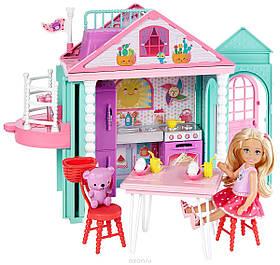 Набор Barbie Домик для Челси + кукла Chelsea Club DWJ50