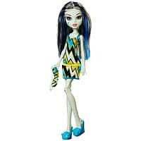 Monster High Френки Штайн из серии пижамная вечеринка Frankie Stein Doll