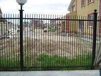 Забор с пиками