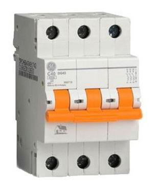 Автоматический выключатель DG 63 C32 6kA