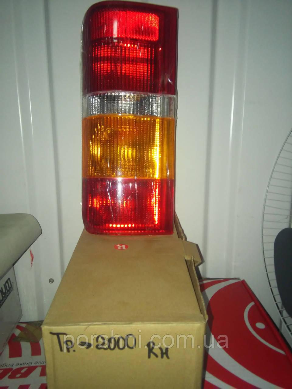 Ліхтар задній Ford Тransit 86 -- рр. RH
