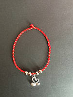 Браслет-оберег красная нить с талисманом Лебеди