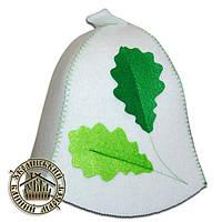 """""""Дубочек"""", шапка для бани с декором (эконом белая)"""