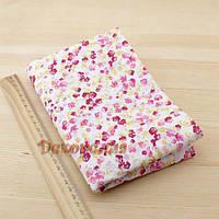 Ткань, 50*50см (красно-розовые цветочки на белом)