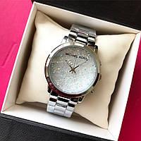 Женские стильные часы с камушками в расцветках