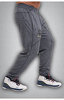 Мужские спортивные штаны серые для спортивного зала