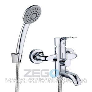 Смеситель и душ для ванной короткий излив, EKA3