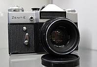 Фотоаппарат пленочный Zenit Е +  Helios 44-2