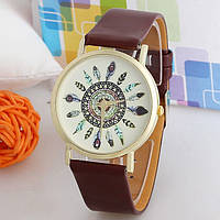 Оригинальные модные  женские часы с коричневым ремешком