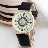 Оригинальные модные  женские часы с черным ремешком