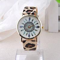Оригинальные модные  женские часы ,леопаровые