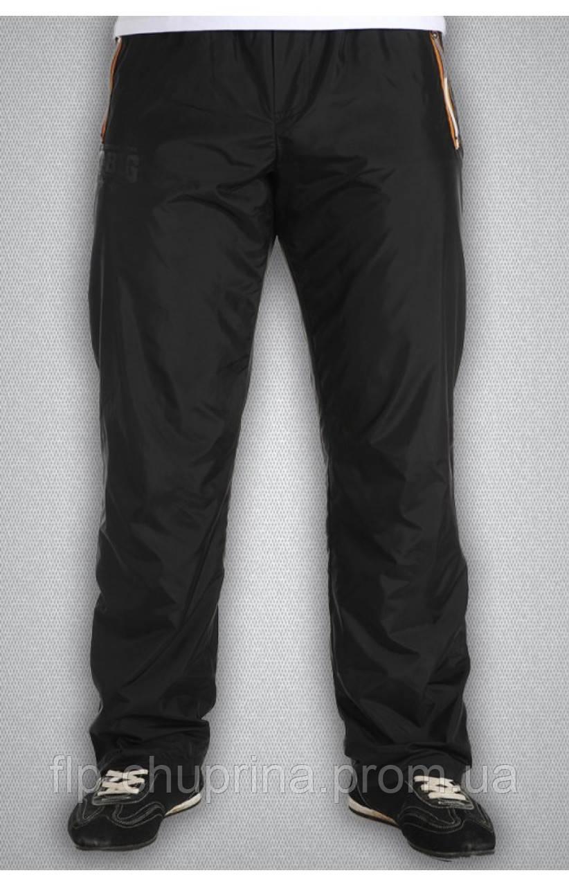 Мужские спортивные болоньевые штаны черные