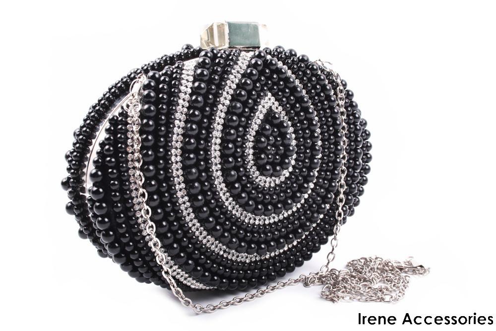 Модельная женская сумка клатч с жемчугом черная, эко-кожа