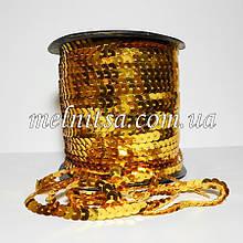 Паєтки на нитці, колір золото, 6 мм, плоскі