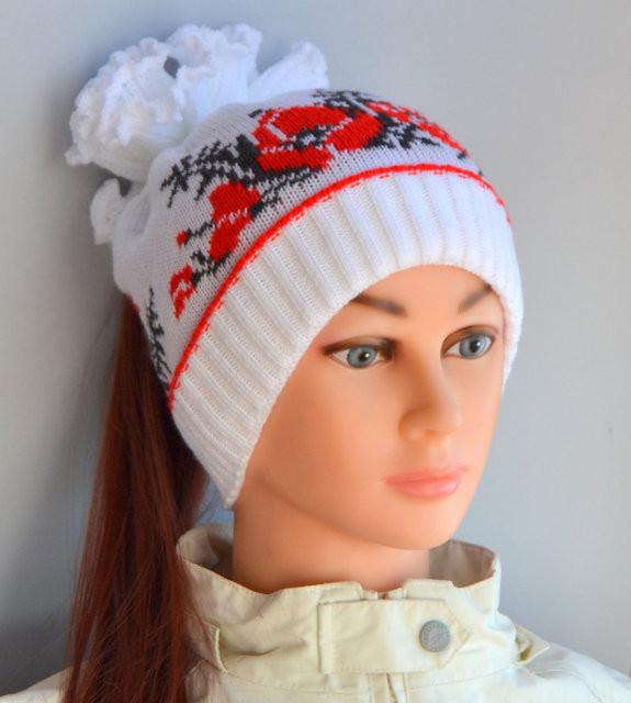 Весенняя вязанная шапка Маки для девочки