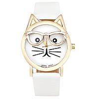Стильные оригинальные  женские часы CAT, белые