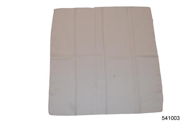 Однотонный белый легкий шифоновый платок 2